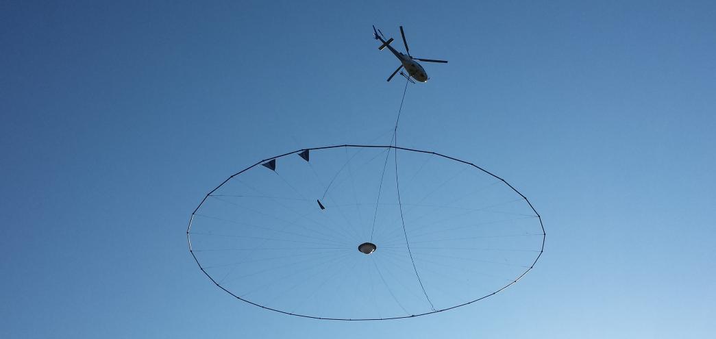 https://www.cgg.com/sites/default/files/2021-01/Helicopter%20EM%20header.png